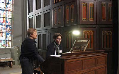 Jan Willems op het Maarschalkerweerd-orgel in de St.Jansbasiliek met Ilse van Wuijckhuijse als registrante.