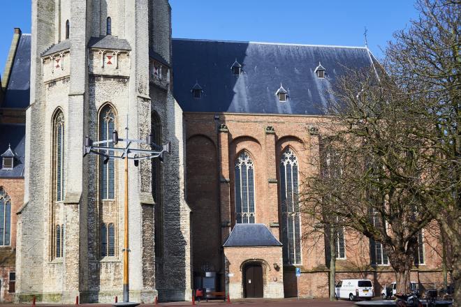 Koorkerk en torenvoet Lange Jan